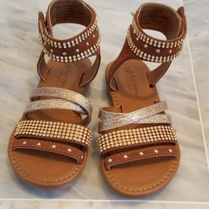 Girls sandals *NEW* NEVER WORN *CROSS-POST*